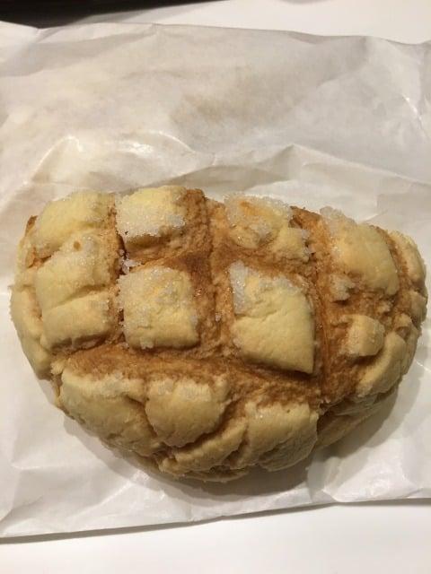 トーストしたメロンパン