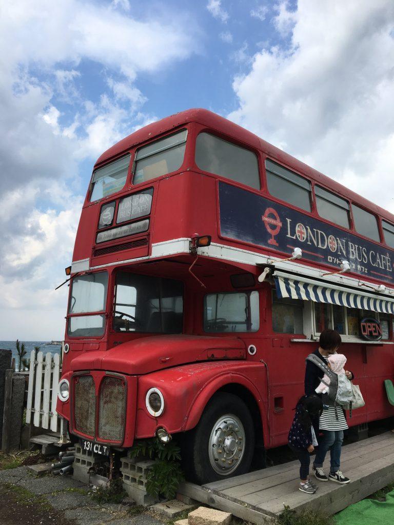ロンドンバスカフェのバス