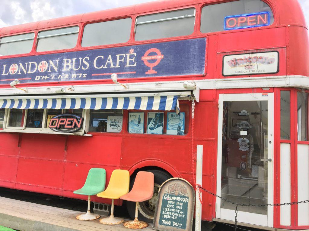 ロンドンバスカフェの場バス