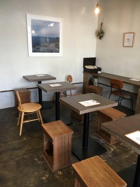 とび箱コーヒー店内の雰囲気