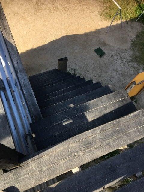 工房とったんの階段