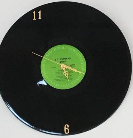 アナログクラフトチョコレートの時計