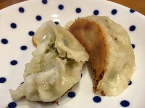 糸島餃子の餃子2つ