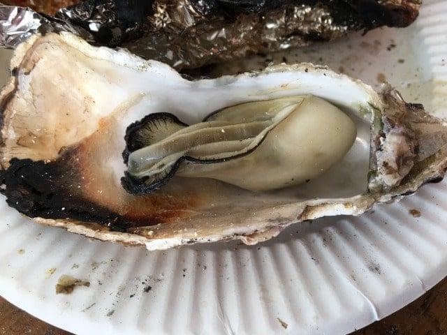 マルハチの焼き牡蠣