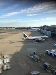 成田空港から福岡空港へ行く