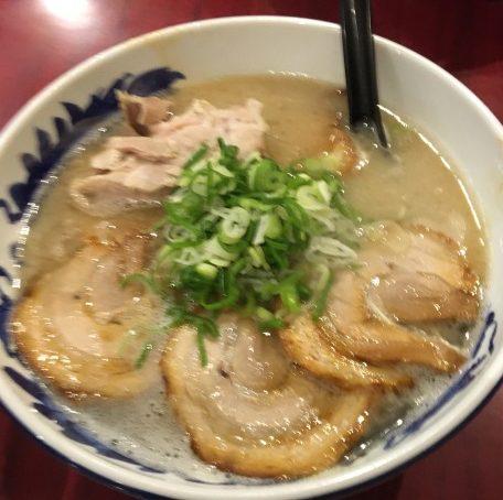 糸島ラーメン銅鑼のチャーシュー麺